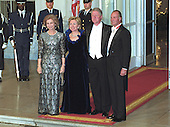 United States President Bill Clinton, right center, and first lady Hillary Rodham Clinton, left center, pose on the North Portico of the White House in Washington, D.C. with King Juan Carlos I, right, and Queen Sofia, left, of Spain prior to a State Dinner on February 23, 2000.<br /> Credit: Ron Sachs / CNP