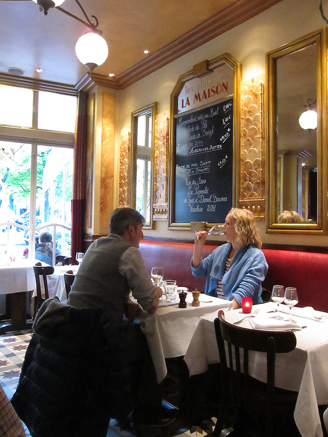 Couple dining at restaurant, Paris, France