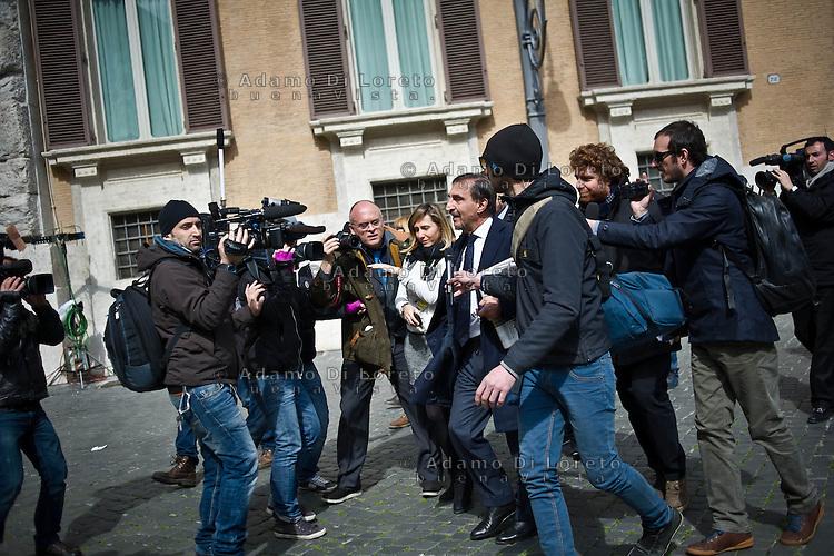 ROMA 15/03/2012: Inizia la XVII Legislatura della Repubblica Italiana. L'ingresso degli Onorevoli a Montecitorio. Nella foto  Ignazio La Russa Fratelli d'Italia FOTO DI LORETO ADAMO