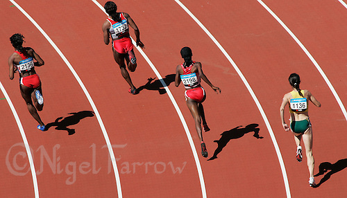 22 MAR 2006 - MELBOURNE, AUSTRALIA - Womens 800m heat at the 2006 Commonwealth Games. (PHOTO (C) NIGEL FARROW)