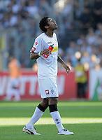 FUSSBALL   1. BUNDESLIGA  SAISON 2011/2012   8. Spieltag   01.10.2011 SC Freiburg - Borussia Moenchengladbach         Dante (Borussia Moenchengladbach) nachdenklich