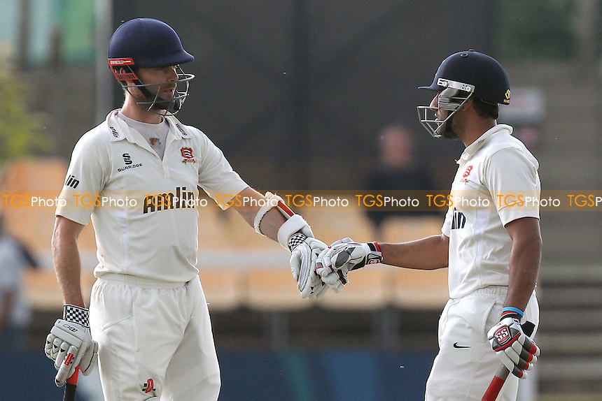 James Foster (L) and Ravi Bopara enjoy a useful partnership for Essex - Leicestershire CCC vs Essex CCC - LV County Championship Division Two Cricket at Grace Road, Leicester - 15/09/14 - MANDATORY CREDIT: Gavin Ellis/TGSPHOTO - Self billing applies where appropriate - contact@tgsphoto.co.uk - NO UNPAID USE
