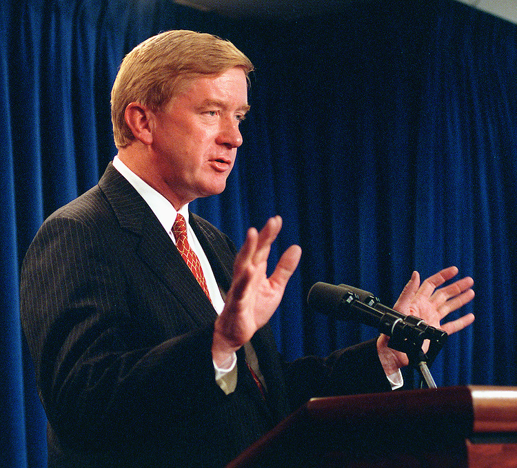 9/15/97.WELD NOMINATION--William Weld makes his statement at the White House to withdraw his nomination to be ambassador to Mexico..CONGRESSIONAL QUARTERLY PHOTO BY DOUGLAS GRAHAM