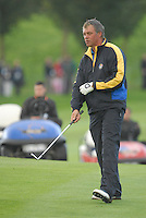 Ryder Cup 206 K Club, Straffin, Ireland...European Ryder Cup team player Darren Clarke on the fairway of the second hole during  the  morning fourballs session of the second day of the 2006 Ryder Cup at the K Club in Straffan, Co Kildare, in the Republic of Ireland, 23 September 2006...Photo: Eoin Clarke/ Newsfile.