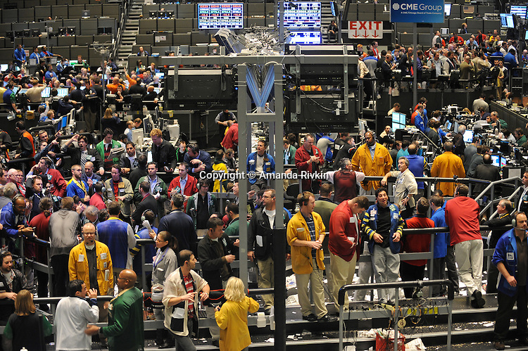 Traders in the Euro-Dollar pit at the CME Group towards closing in Chicago, Illinois on November 21, 2008.