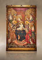 Gothic altarpiece of Madonna and Child and 4 angels, by Pere Garcia de Benavarri, circa 1445-1485, tempera and gold leaf on wood.  National Museum of Catalan Art, Barcelona, Spain, inv no: MNAC  15817. Against a art background.