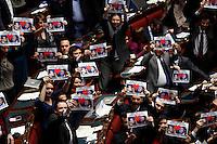 20140312 ROMA-POLITICA: LA CAMERA APPROVA L'ITALICUM