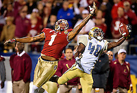 Florida State defeats Georgia Tech in a 21-15 victory by the Seminoles in the 2012 ACC Championship game at Bank of America Stadium in Charlotte, North Carolina, on Saturday December 1, 2012. ..Photo by: PatrickSchneiderPhoto.com
