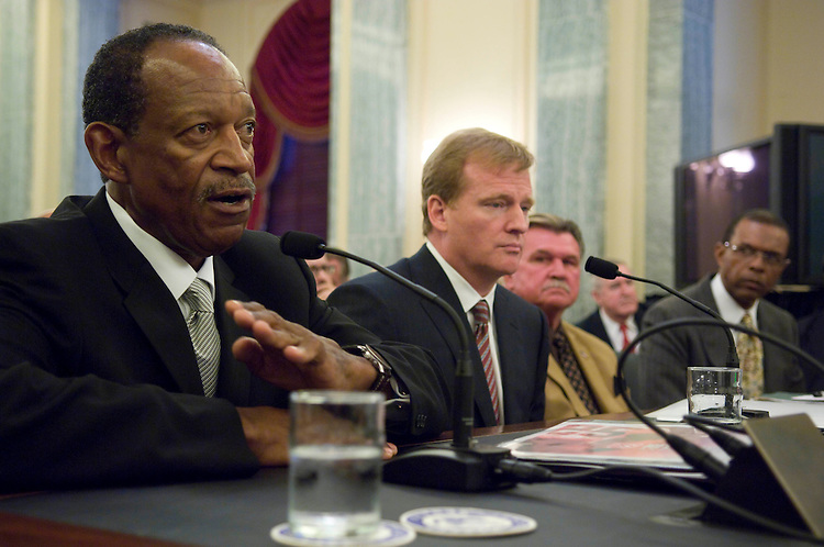 WASHINGTON, DC - Sept. 18: Gene Upshaw, executive director of the National Football League Players Association; Roger Goodell, commissioner of the National Football League; Mike Ditka, sports broadcaster for ESPN and NFL Hall of Fame player and former head coach, Chicago Bears; Gale Sayers, NFL Hall of Famer who played for the Chicago Bears; testify during the Senate Commerce, Science and Transportation Committee  hearing on the National Football League retirement system. (Photo by Scott J. Ferrell/Congressional Quarterly).