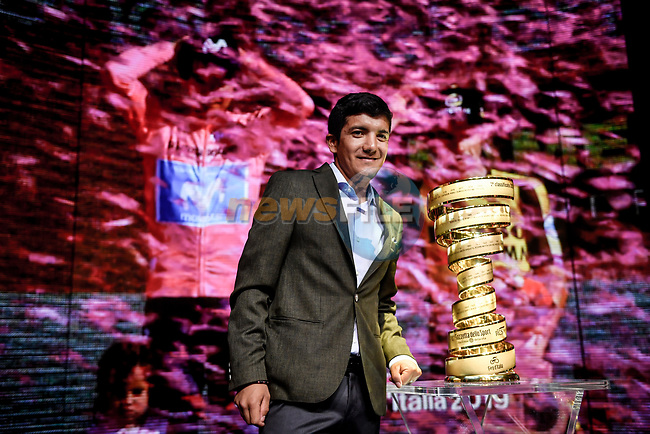 Defending Champion Richard Carapaz (ECU) on stage at the route presentation for the 103rd edition of the Giro d'Italia 2020 held in the RAI Studios, Milan, Italy. <br /> 24th October 2019.<br /> Picture: LaPresse/Claudio Furlan | Cyclefile<br /> <br /> All photos usage must carry mandatory copyright credit (© Cyclefile | LaPresse/Claudio Furlan)