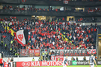 Fans aus Lissabon - 18.04.2019: Eintracht Frankfurt vs. Benfica Lissabon, UEFA Europa League, Viertelfinale, Commerzbank ArenaDISCLAIMER: DFL regulations prohibit any use of photographs as image sequences and/or quasi-video.