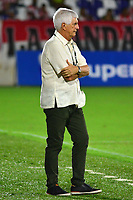 BARRANQUIILLA - COLOMBIA, 11-11-2018: Julio Comesaña técnico del Atlético Junior gesticula durante partido contra Jaguares de Córdoba por la fecha 19 de la Liga Águila II 2018 jugado en el estadio Romelio Martínez de la ciudad de Barranquilla. / Julio Comesaña coach of Atletico Junior gestures during match against Jaguares de Cordoba for the date 19 of the Aguila League II 2018 played at Romelio Martinez stadium in Barranquilla city.  Photo: VizzorImage/ Alfonso Cervantes / Cont