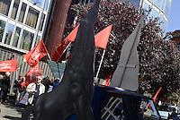 Roma 14 Maggio 2014<br /> Protesta di militanti della lista L'altra Europa con Tsipras davanti la sede Rai di Viale Mazzini per denunciare il silenzio della tv pubblica verso la Lista Tsipras candidata alle elezioni europee