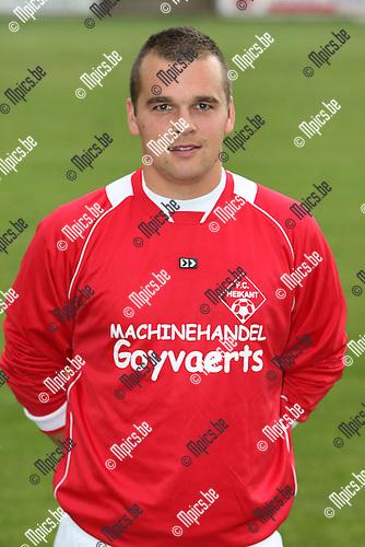 2009-07-19 / voetbal / seizoen 2009-2010 / Heikant / Bart Van Regenmortel..Foto: Maarten Straetemans (SMB)