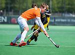 BLOEMENDAAL - Floris Wortelboer (Bldaal)    tijdens de hoofdklasse competitiewedstrijd hockey heren,  Bloemendaal-Den Bosch (2-1) COPYRIGHT KOEN SUYK