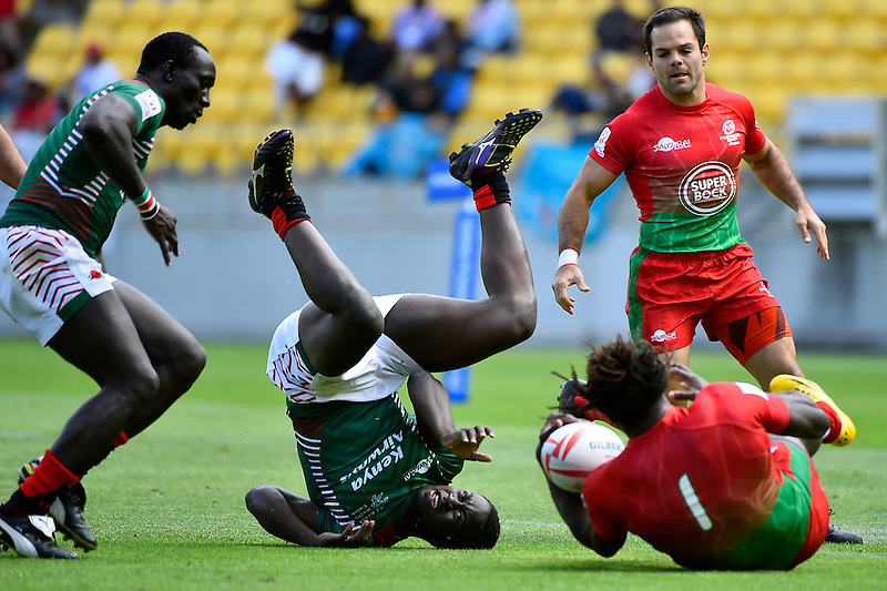 Kenya&rsquo;s Billy Odhiambo  in action during the HSBC Wellington Sevens at Westpac Stadium , Wellington, New Zealand, on Saturday 30 January 2016.<br /> Photo by Masanori Udagawa. <br /> www.photowellington.photoshelter.com.