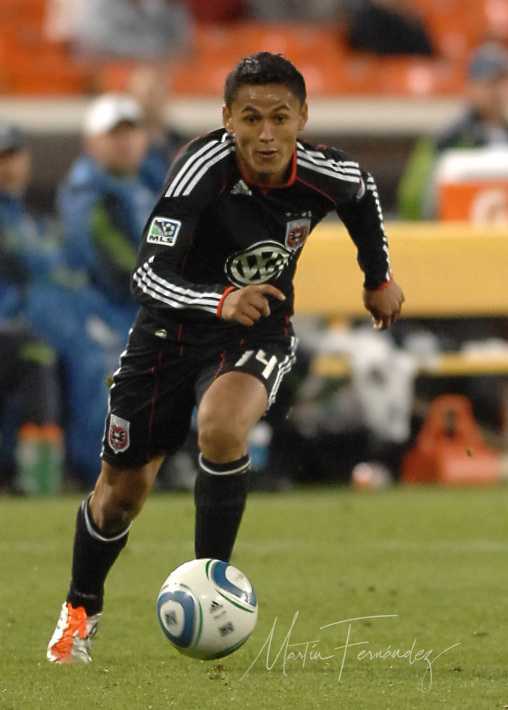 D.C. United snapped a two-game losing streak in which they had given up 8 goals with a hard fought 2-1 win over the visiting Seattle Sounders at RFK Stadium in Washington D.C.