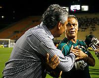 SÃO PAULO, SP,22 FEVEREIRO 2012 - CAMPEONATO PAULISTA - PORTUGUESA x CORINTHIANS - Os tecnico Tite e Jorginho   antes partida Portuguesa x Corinthians válido pela 9º rodada do Campeonato Paulista no Estádio Paulo Machado de Carvalho (Pacaembu), na região oeste da capital paulista na noite desta quarta feira (22). (FOTO: ALE VIANNA -BRAZIL PHOTO PRESS).