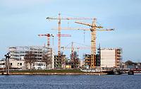 Nederland  - Maart 2019. Nieuwbouw langs het IJ in Amsterdam Noord.  Foto Berlinda van Dam / Hollandse Hoogte