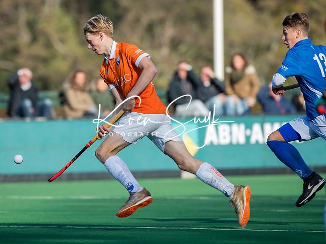 BLOEMENDAAL  - Stijn Hemmes (Bl'daal) , competitiewedstrijd junioren  landelijk  Bloemendaal JB1-Kampong JB1 (4-3) . COPYRIGHT KOEN SUYK