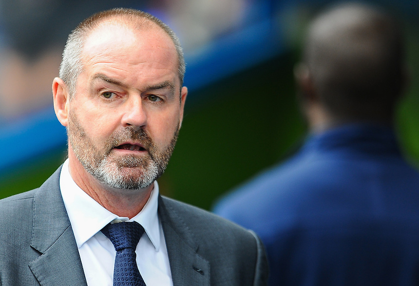 Reading manager Steve Clarke before todays game with Leeds United<br /> <br /> Photographer Craig Thomas/CameraSport<br /> <br /> Football - The Football League Sky Bet Championship - Reading v Leeds United - Sunday 16th August 2015 - Madejski Stadium - Reading<br /> <br /> &copy; CameraSport - 43 Linden Ave. Countesthorpe. Leicester. England. LE8 5PG - Tel: +44 (0) 116 277 4147 - admin@camerasport.com - www.camerasport.com