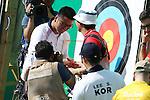 (L-R)<br /> Kim Woojin (KOR),<br /> Takaharu Furukawa (JPN), <br /> AUGUST 5, 2016 - Archery : <br /> Men's Individual Ranking Round <br /> at Sambodromo<br /> during the Rio 2016 Olympic Games in Rio de Janeiro, Brazil. <br /> (Photo by Koji Aoki/AFLO SPORT)