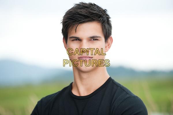 Taylor Lautner <br /> in The Twilight Saga: Eclipse (2010) <br /> (Twilight 3)<br /> *Filmstill - Editorial Use Only*<br /> FSN-D<br /> Image supplied by FilmStills.net