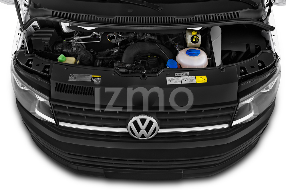 Car stock 2018 Volkswagen Transporter Base 4 Door Pick Up engine high angle detail view