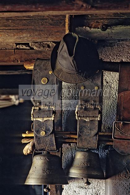 Europe/France/Auvergne/12/Aveyron: Aubrac - Détail de cloches de vaches au buron de canut