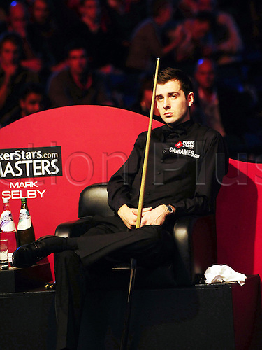 2010 Jan 17: Mark Selby of England sits aside during the final of the Wembley Masters snooker against Ronnie O'Sullivan of England at the Wembley Arena in London, on Jan. 17, 2010. Selby won 10-9 and claimed the title. Photo: Wang Yahong/Actionplus-UK Editorial Use Only.