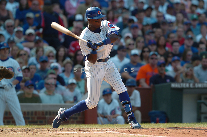 ALFONSO SORIANO, of the Chicago Cubs , in action during the Cubs game against the Los Angeles Dodgers in Chicago, IL on September 3, 2007...Dodger win 11-3..DAVID DUROCHIK / SPORTPICS.....