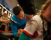 11-02-14, Netherlands,Rotterdam,Ahoy, ABNAMROWTT,Jo-Winfried Tsonga signing autographs<br /> Photo:Tennisimages/Henk Koster