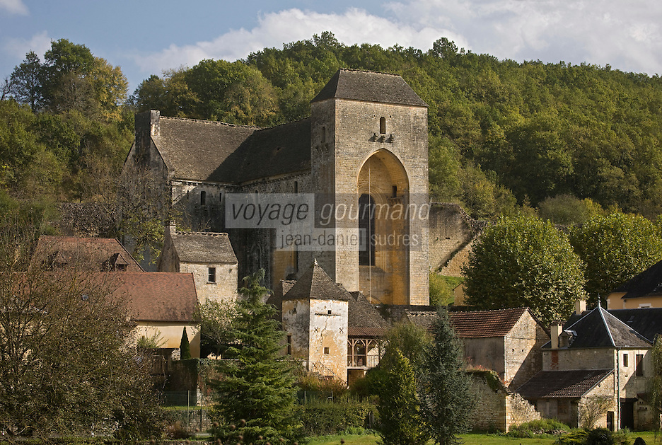 Europe/France/Aquitaine/24/Dordogne/Périgord Noir/Saint-Amand-de-Coly: L'abbaye de Saint-Amand-de-Coly et les maisons du village