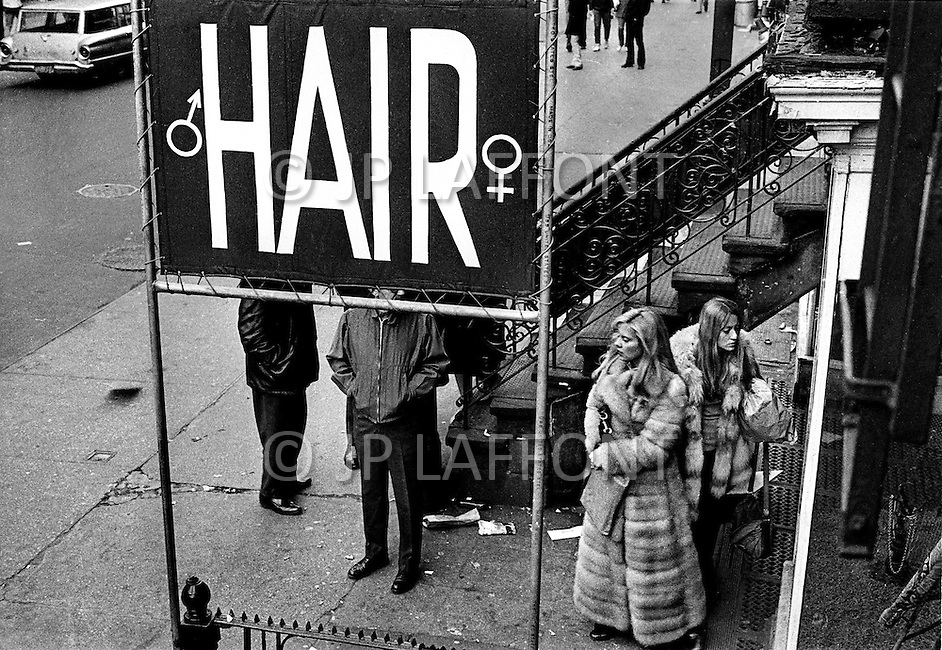 New York, New York City, USA, March 1970. French singer Sylvie Vartan outside a Hair Salon in New York City. At the time she was staying in the US recovering from injuries she sustained in a car accident.