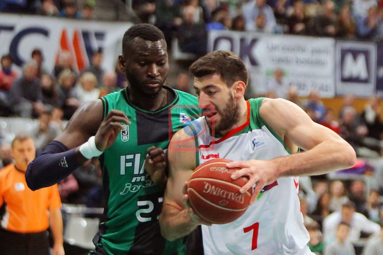 League ACB-Endesa 2015-2016. Game: 16.<br /> FIATC Joventut vs Laboral Kutxa Baskonia: 68-89.<br /> Drame vs Shengelia.