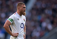 England's Brad Shields\<br /> <br /> Photographer Bob Bradford/CameraSport<br /> <br /> Quilter Internationals - England v South Africa - Saturday 3rd November 2018 - Twickenham Stadium - London<br /> <br /> World Copyright &copy; 2018 CameraSport. All rights reserved. 43 Linden Ave. Countesthorpe. Leicester. England. LE8 5PG - Tel: +44 (0) 116 277 4147 - admin@camerasport.com - www.camerasport.com