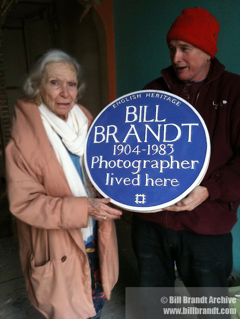 Noya Brandt with English Heritage Blue Plaque