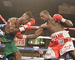 Henry Lundy gano por decicion unanime a una pelea pactada a 10 asalto<br /> <br /> fotos credito  Emily Harney