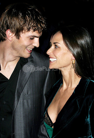 ASHTON KUTCHER AND DEMI MOORE 2003<br /> Screening of Charlie's Angels: Full throttle<br /> Photo By John Barrett/PHOTOlink.net / MediaPunch