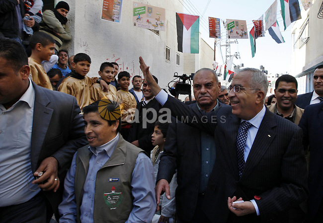 Palestinian Prime Minister Salam Fayyad during his visit to Al-Aeen Camp in the West Bank city of Nablus on Dec 3,2009. Photo by Mustafa Abu Dayeh.