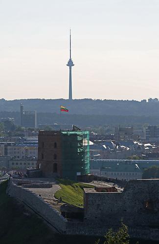 Bei der Buchmesse in Leipzig 2017 ist Litauen Gastland und will raus aus der Nische. Bild: Blick auf die Stadt und den Fernsehturm von Vilnius.