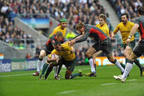 13.11.10 Kurtley Beale full back of Australia and the New south Wales Waratahs in action during the Investec rugby  International between England and Australia at Twickenham Stadium London