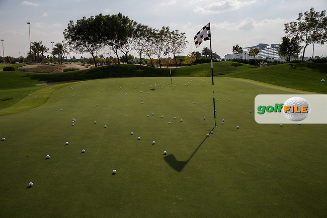 Practice chipping area, The Track at The Meydan Golf Club, Dubai, United Arab Emirates.  31/01/2016. Picture: Golffile | David Lloyd<br /> <br /> All photos usage must carry mandatory copyright credit (&copy; Golffile | David Lloyd)