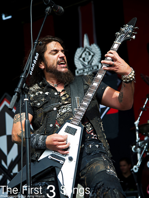 Robb Flynn of Machine Head performs during the 2013 Mayhem Festival at Klipsch Music Center in Indianapolis, Indiana.
