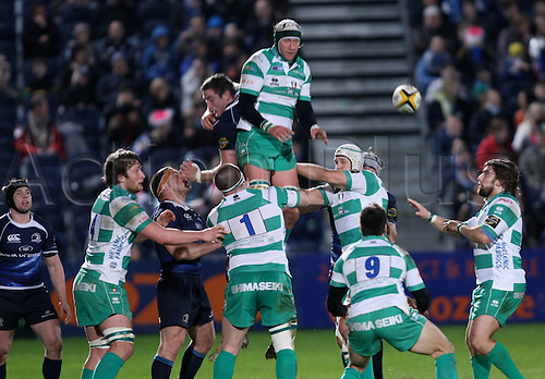 25.02.2011 Magners League Rugby from the Royal Dublin Society. Leinster v Benetton Treviso. Winning a lineout Trevisos Corniel Van Zyl supported by Michele Rizzo and Ignacio Fernandez.