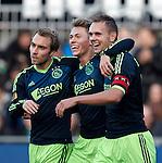 Nederland, Zwolle, 11 november  2012.Eredivisie.Seizoen 2012-2013.PEC-Zwolle-Ajax.Siem de Jong, aanvoerder van Ajax en Christian Eriksen van Ajax Viktor Fischer juichen na het scoren van de 0-4.