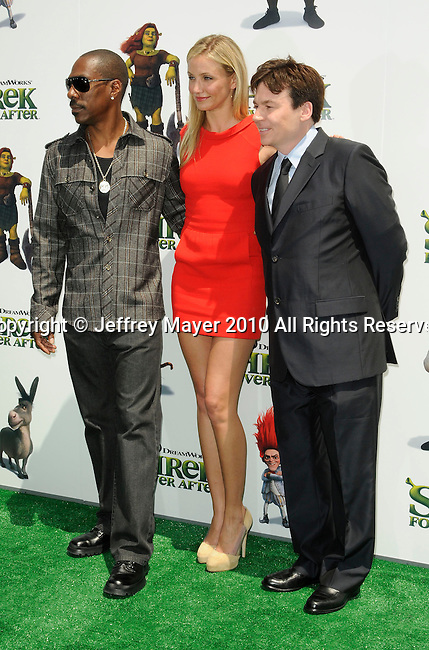 "UNIVERSAL CITY, CA. - May 16: Eddie Murphy, Cameron Diaz and Mike Myers arrive at the ""Shrek Forever After"" Los Angeles Premiere at Gibson Amphitheatre on May 16, 2010 in Universal City, California."