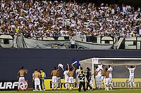 ATENÇÃO EDITOR: FOTO EMBARGADA PARA VEÍCULOS INTERNACIONAIS - BARUERI, SP, 22 DE JANEIRO DE 2013 - COPA SÃO PAULO DE FUTEBOL JUNIOR - PALMEIRAS x SANTOS: Jogadores do Santos comemoram a vitória após partida Palmeiras x Santos, válida pela semifinal da Copa São Paulo de Futebol Junior, disputado na Arena Barueri. FOTO: LEVI BIANCO - BRAZIL PHOTO PRESS