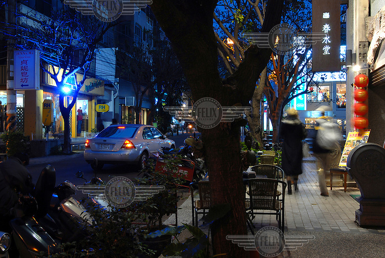Nightview along Taichung's popular 'Art Street', a concentration of art galleries and fashion outlets in this central Taiwanese city.