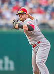 21 May 2014: Cincinnati Reds shortstop Zack Cozart in action against the Washington Nationals at Nationals Park in Washington, DC. The Reds edged out the Nationals 2-1 to take the rubber match of their 3-game series. Mandatory Credit: Ed Wolfstein Photo *** RAW (NEF) Image File Available ***